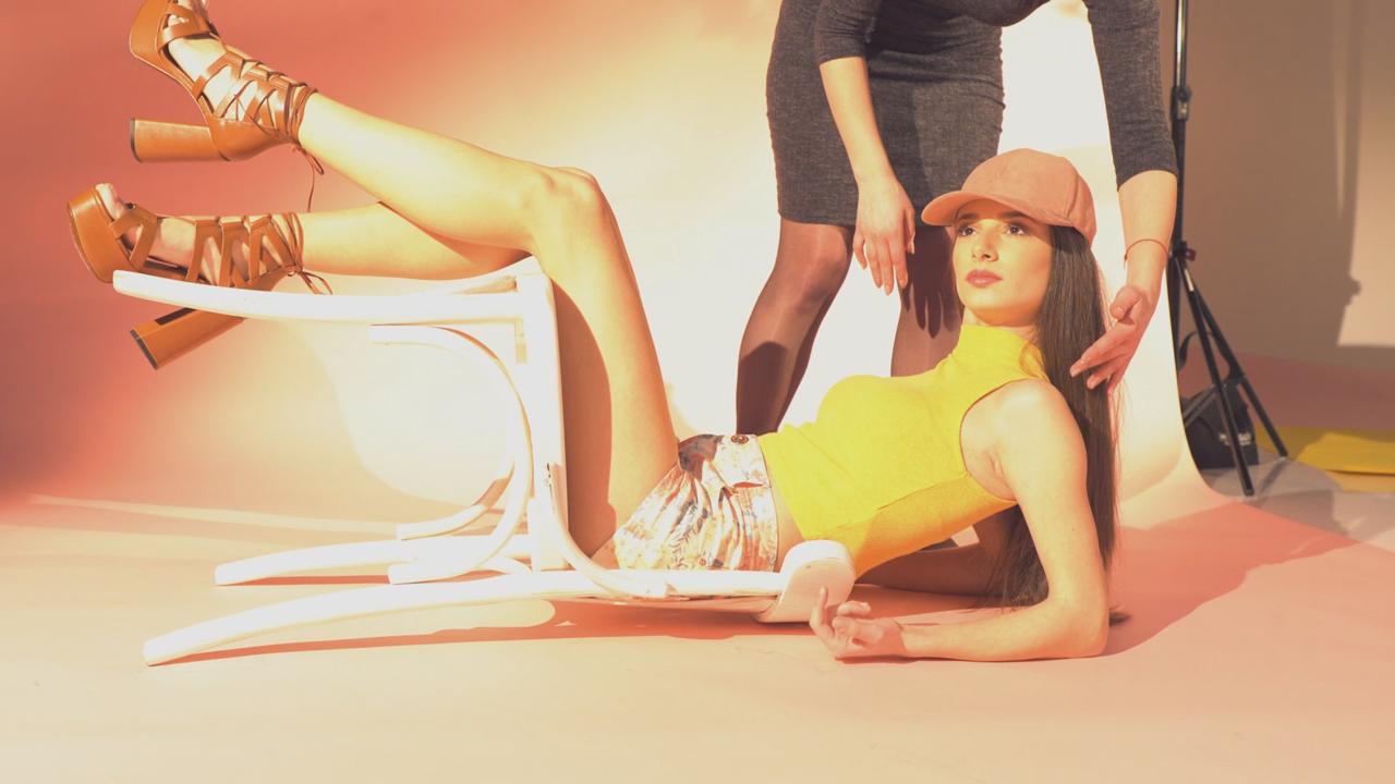 ingiliz-summer-video-cover